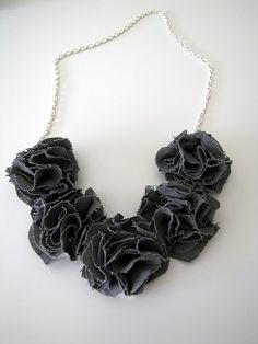 DYI flower necklace