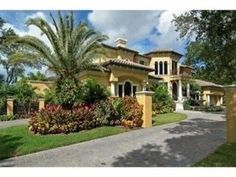 Spectacular S. Tampa Manor!   3109 West Watrous Avenue, Tampa FL