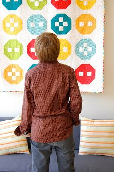 cute quilt. The blocks look like buttons.