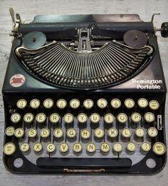 Vintage Remington Noiseless Model 2 Typewriter