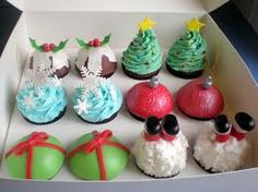cool ideas for christmas cupcakes :)