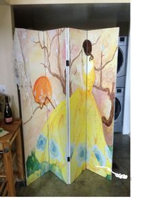 Customer uses DIY 6ft tall- 4 panel room divider screen to create a beautiful painting. She also uses the screen to hide the ugly laundry area. Thanks Brooke from San Francisco