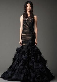 In love with this Vera Wang Fall 2012 dress. Unfortunately, it loses some of the drama in white