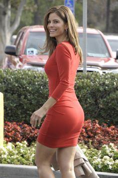 Maria Menounos booty in a mini dress