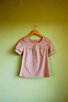 Campfire top in Lilac: beautiful  super comfortable top