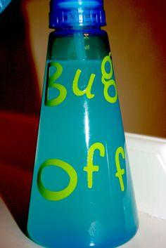 Homemade bug spray  10 dps citronella  10 dps lavender  5 dps eucalyptus  3 dps peppermint  1/2 tsp vinegar  1/2 c warm water  In a lil spray bottle! homemade bug spray, sprays, homemad bug, clean pool, bugs in pool, bottles, diy, vinegar in pool water, bug spray homemade