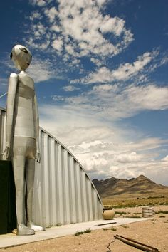 Area 51 - Extraterrestrials Sighted In Nevada