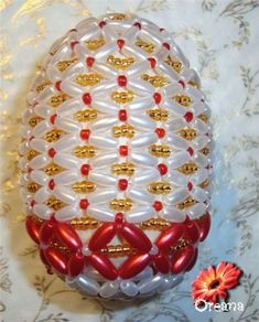 Пасхальное яйцо из бусинок и бисера | Все о Бисере.Бисероплетение,Рукоделие,Бисер,Beads