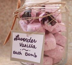 Spreading Sunshine: DIY Bath Bombs / Fizzies