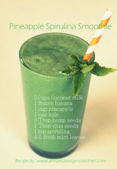 Spirulina pineapple mint green smoothie recipe ~ oh so delicious!