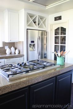 Black and White Kitchen Makeover Reveal :: Hometalk