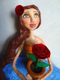 Meu Jardim III - My Garden III - Paper mache doll