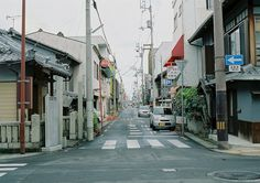 looks just like the street i lived on when i was in Japan, I want to go back