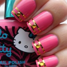Pretty Nails with Gold Details THE MOST POPULAR NAILS AND POLISH #nails #polish #Manicure #stylish