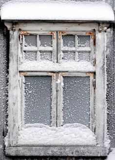 Awesome detail... Old Window...  Frosty SNoW...