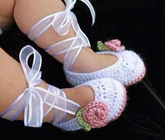 Adorable Baby Ballerina Slippers... tutorial