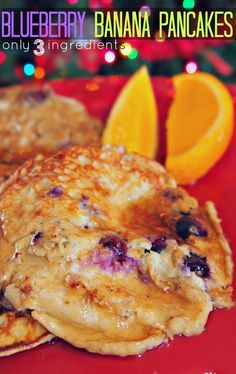 3 Ingredient Blueberry Banana Pancakes #clean #healthy