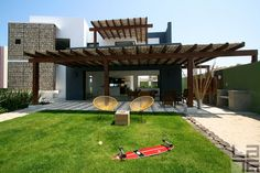 Casa Gabión is a contemporary Mexican home, designed by a renowned Mexican architect Javier Gutierrez Toscano. His sustainable and ecological homes have brought him awards on national and international scale. Located in beautiful Fonatur area of San Jose del Cabo, in Baja California Sur, Mexico, Casa Gabión makes it possible for you to enjoy all the pleasures of this beautiful town. It's location in the urban center of the town allows you to explore historic downtown, shopping area, entertainmen
