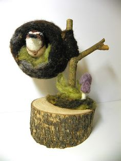 Karen Makes Stuff: Bird in the Hand Has a Home