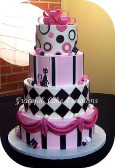 Pink, Black & White Cake. Love the little cat :)