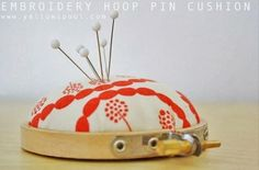 how to make an embroidery hoop pincushion