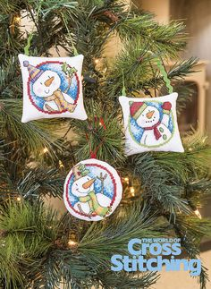 Try Something New – snowman tree decorations. Perfect for tree ornaments to liven up your festive décor, these cheery snowmen will bring warmth not frostiness, to all…! Find the patterns for all six, plus our easy step-by-step guide to making up the decorations in the new issue 222 of The World of Cross Stitching magazine