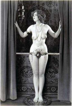 . vintag nude, vintag vamp, vintag erotica