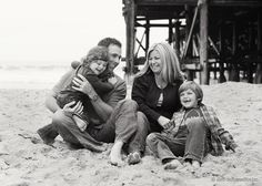 #beach #Family family beach pictures candid, beach famili, famili photo, backdrop