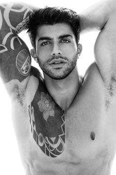 hot guys with tattoos and scruff!