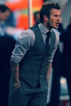 Ink and a suit. Yes!