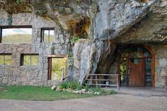 Beckham Creek Cave Lodge in Arkansas.  This is a luxury cave be sure to click on the lodging tab and see what it has to offer. ~ wtb