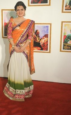 TV Anchor Divyadarshini | Veethi