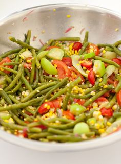 Perfect summer salad: Green bean, corn, and tomato salad, Wholeliving.com #lunchbunch