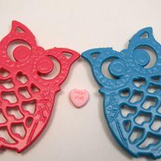 Eighties colors owl duo, teal & pink, $18 ... Etsy!