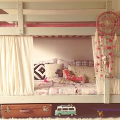 love this idea for a bunk bed bunk beds