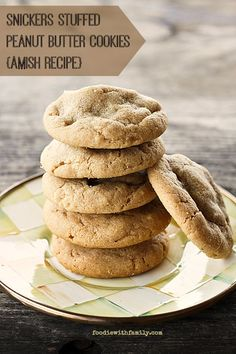 Amish recipe Snickers Stuffed Peanut Butter Cookies #cookies foodiewithfamily.com