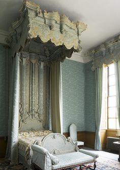 blue rooms, belton house, blue bedrooms, pride and prejudice house