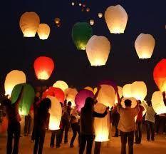 sky lanters - very cute idea