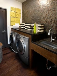 Stylish Laundry Room - Home and Garden Design Idea's