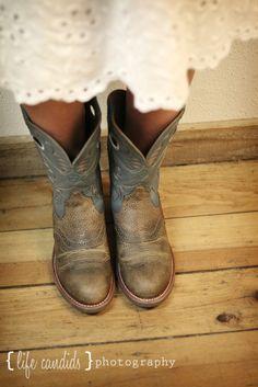 cowboy boots and sun dress <3