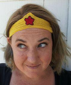 Crochet Dynamite: All Runner Girls need Wonder Woman Tiaras...