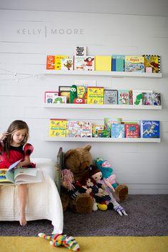Wall book shelves