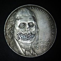 2007-D-Hobo-Nickel-Walking-Dead-Zombie-Hand-carved-by-Jay-L-DeBoer-OHNS