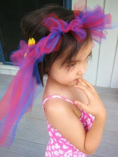 No-sew tulle fairy crowns craft.    Pinned by Kidfolio, the parenting mobile app that makes sharing a snap.