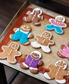 Gingerbread Cookies recipe from My Own Ideas blog #christmas #cookie #recipe #gift