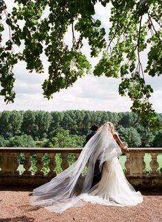 Gorgeous. dream, veil, bride, chiffon dresses