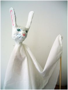 hands, hand puppets, kid projects, paper mache, theatr, bunny crafts, papers, papier mache, wooden spoons