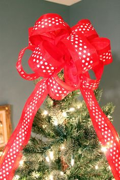 Christmas Bow Tree Topper Tutorial