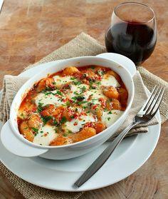 Spicy Tomato & Mozzarella Gnocchi by vanillacloudsandlemndrops #Gnocchi #Tomato