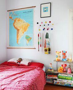 Fun vintage-ie kids room